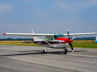 CS-EAV - Private Cessna 182 Skylane (all models except RG)