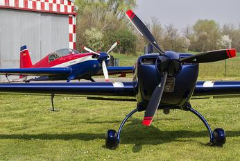 F-HLAS - Private Extra 330SC