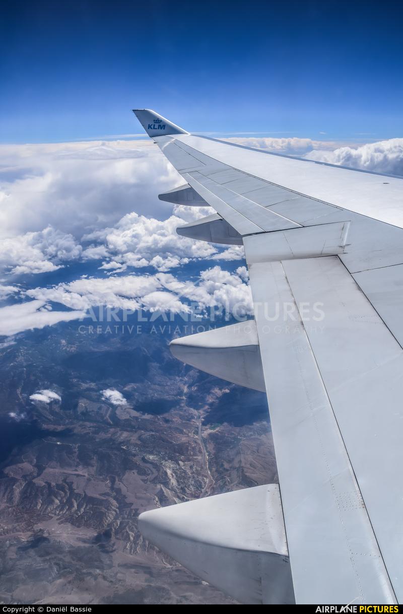 KLM PH-BFA aircraft at In Flight - California
