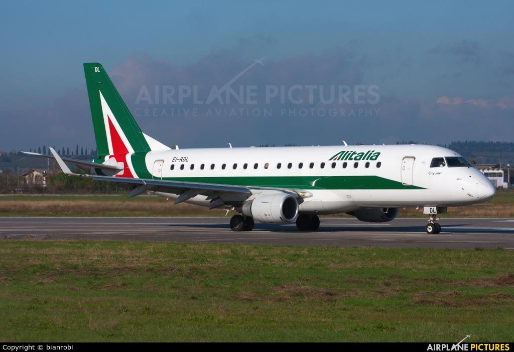 Alitalia EI-RDL aircraft at Verona - Villafranca