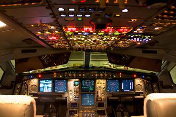 A6-EHC - Etihad Airways Airbus A340-500