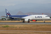 First LAN Airbus A321 delivery flight title=