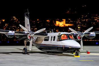 N449LC - Private Aero Commander 690