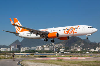 PR-GTE - GOL Transportes Aéreos  Boeing 737-800