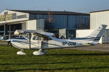 SP-GDM - Private Cessna 182 Skylane (all models except RG)