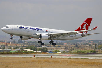 TC-JIN - Turkish Airlines Airbus A330-200