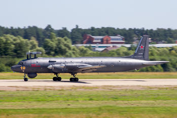 19 - Russia - Air Force Ilyushin Il-38