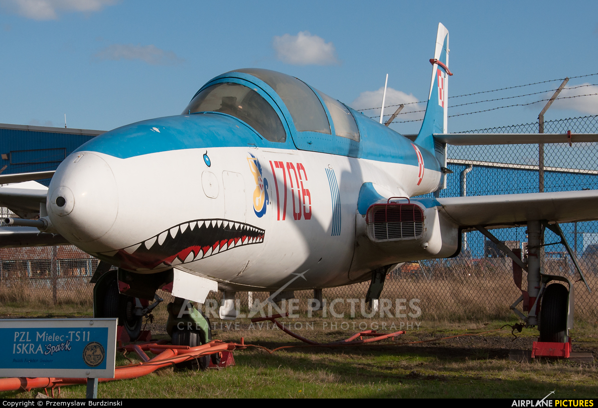 Poland - Air Force 408 aircraft at Coventry