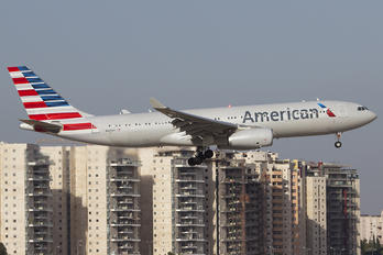 N290AY - American Airlines Airbus A330-200