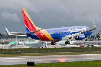 N8652B - Southwest Airlines Boeing 737-800