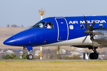 ER-EMA - Air Moldova Embraer EMB-120 Brasilia