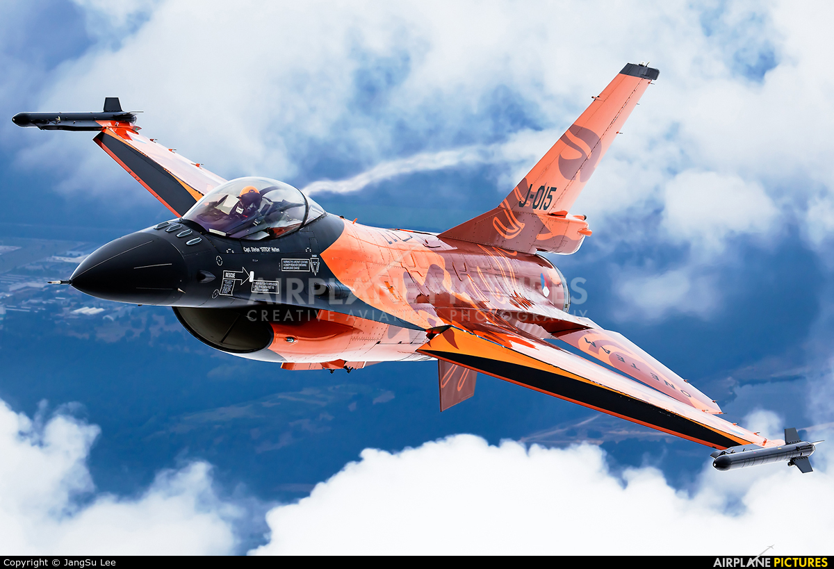 Netherlands - Air Force J-015 aircraft at In Flight - Belgium