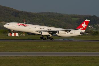 HB-JMC - Swiss Airbus A340-300