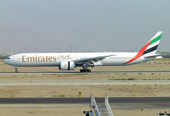 A6-EBW - Emirates Airlines Boeing 777-300ER