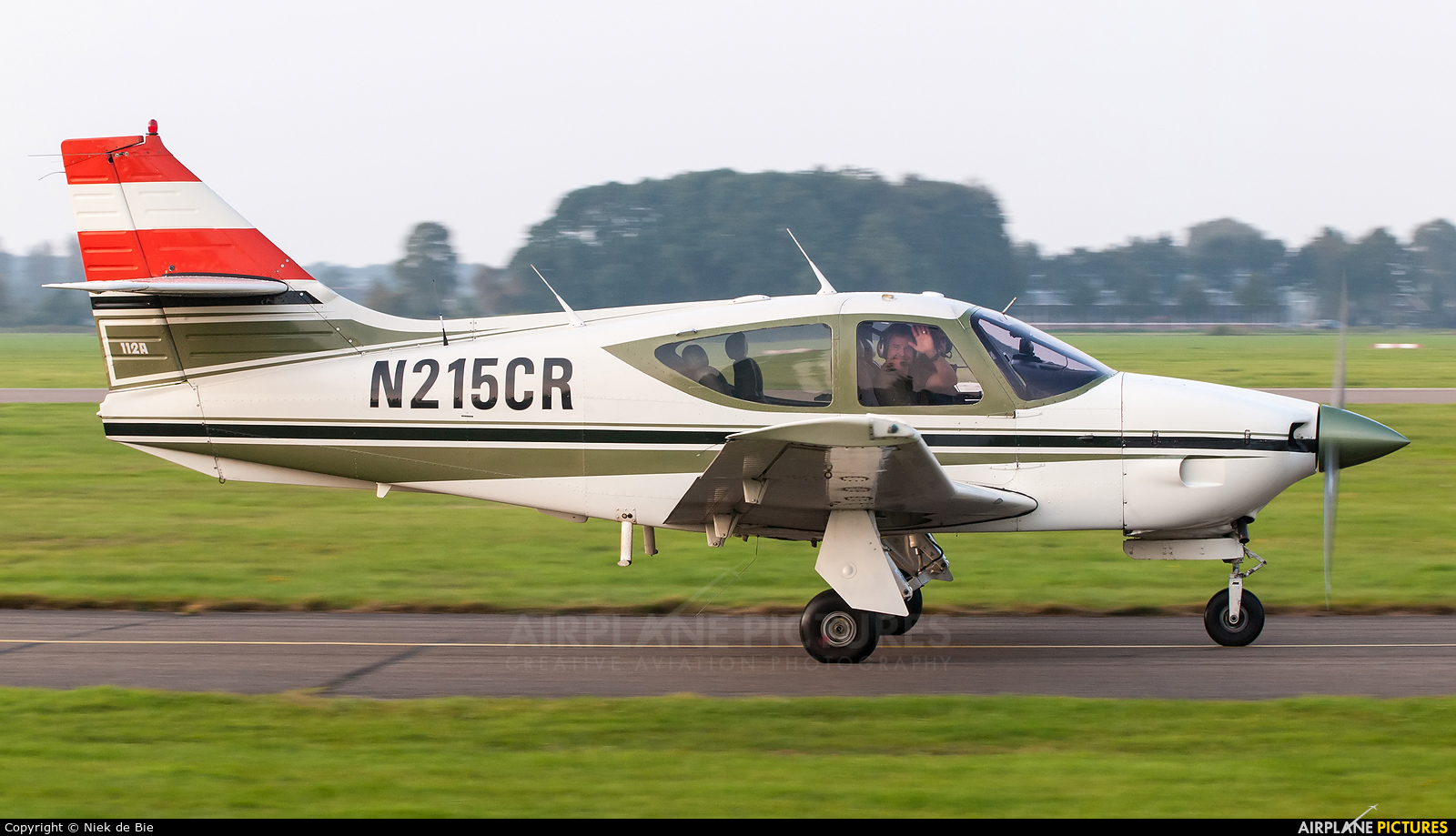 Private N215CR aircraft at Deventer - Teuge