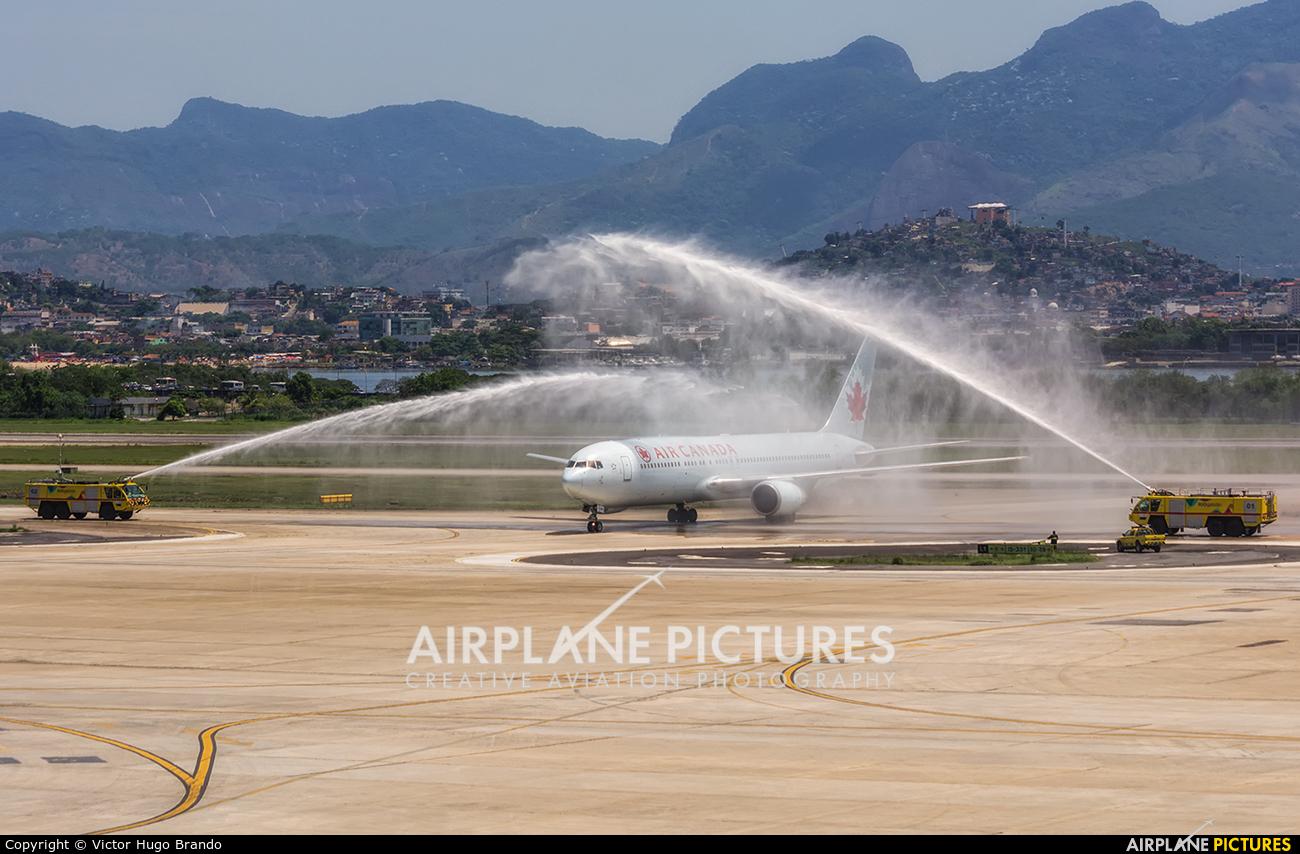 Air Canada C-GEOQ aircraft at Rio de Janeiro/Galeão Intl - Antonio Carlos Jobim