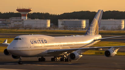 N180UA - United Airlines Boeing 747-400