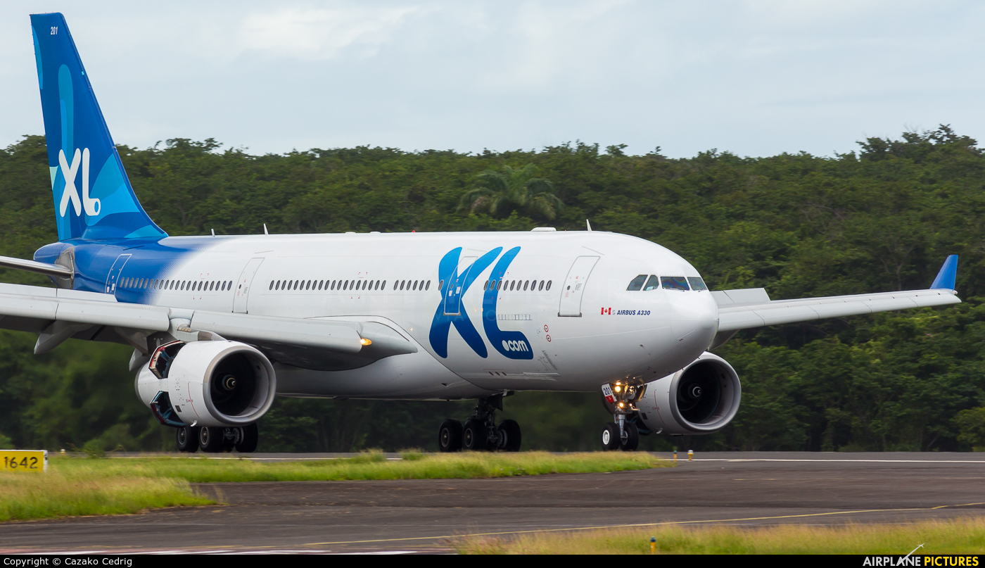 C gtsr xl airways france airbus a330 200 at guadeloupe for Airbus a330 xl airways interieur