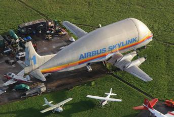 F-BTGV - Airbus Skylink Boeing 377 Super Guppy