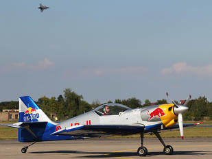 OK-XRD - The Flying Bulls : Aerobatics Team Zlín Aircraft Z-50 L, LX, M series