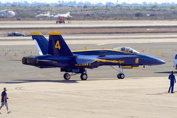 163106 - USA - Navy McDonnell Douglas F/A-18A Hornet