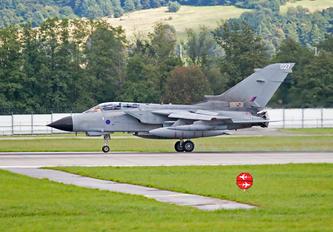 027 - British Army Panavia Tornado GR.4 / 4A