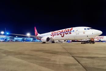 VT-SZH - SpiceJet Boeing 737-800