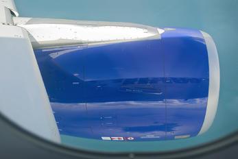 VT-GOR - Go Air Airbus A320
