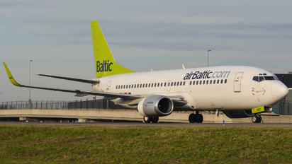 YL-BBY - Air Baltic Boeing 737-300