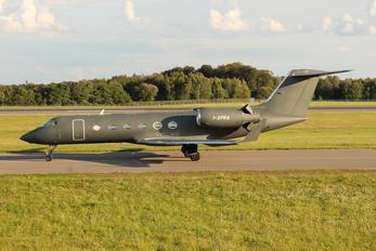 G-XPRA - Private Gulfstream Aerospace G-IV,  G-IV-SP, G-IV-X, G300, G350, G400, G450