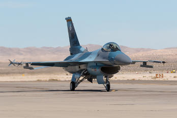 - - USA - Air Force General Dynamics F-16A Fighting Falcon