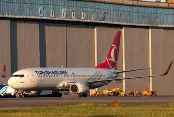 TC-JVC - Turkish Airlines Boeing 737-800