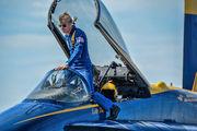 163431 - USA - Navy : Blue Angels McDonnell Douglas EF-18A Hornet aircraft