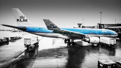 PH-AOH - KLM Airbus A330-200