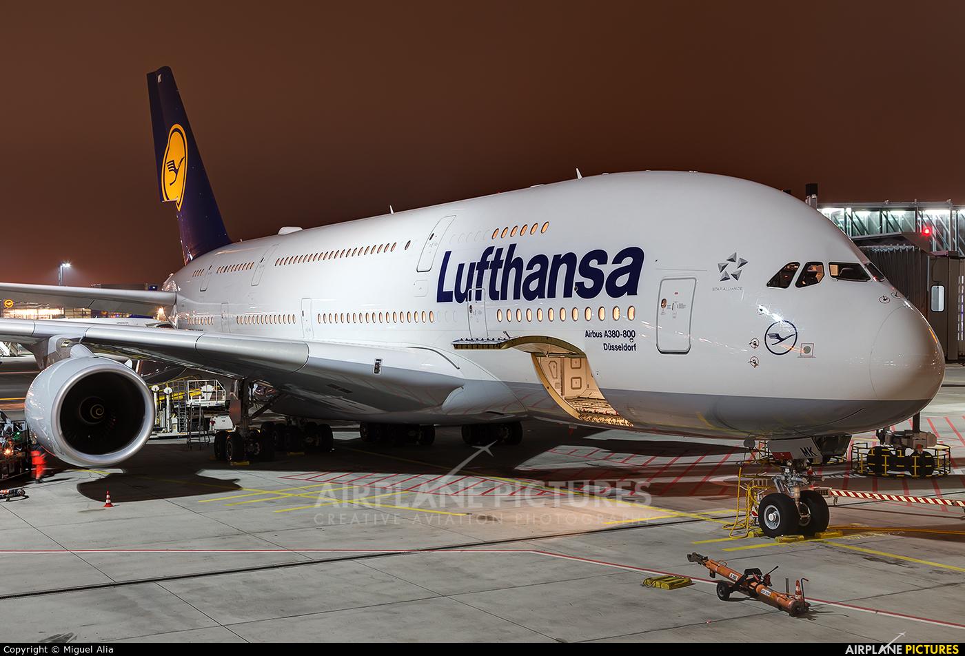 Lufthansa D-AIMK aircraft at Frankfurt