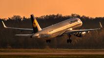 D-AIZR - Lufthansa Airbus A320 aircraft