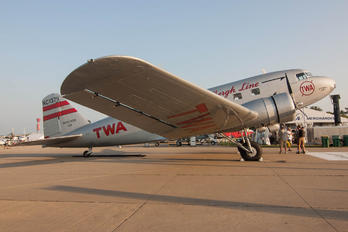 N1934D - Private Douglas DC-2