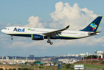 PR-AIY - Azul Linhas Aéreas Airbus A330-200