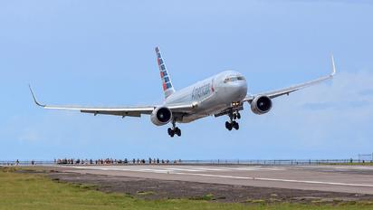 N345AN - American Airlines Boeing 767-300ER