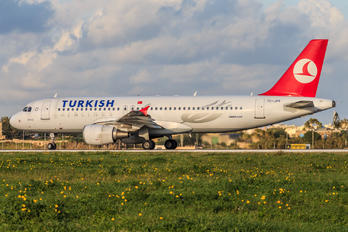 TC-JPY - Turkish Airlines Airbus A320