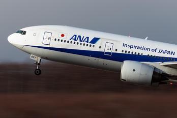 JA8967 - ANA - All Nippon Airways Boeing 777-200