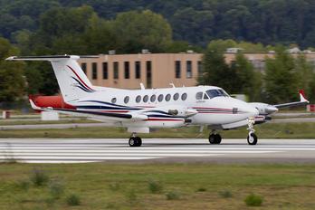 G-BZNE - Private Beechcraft 300 King Air 350