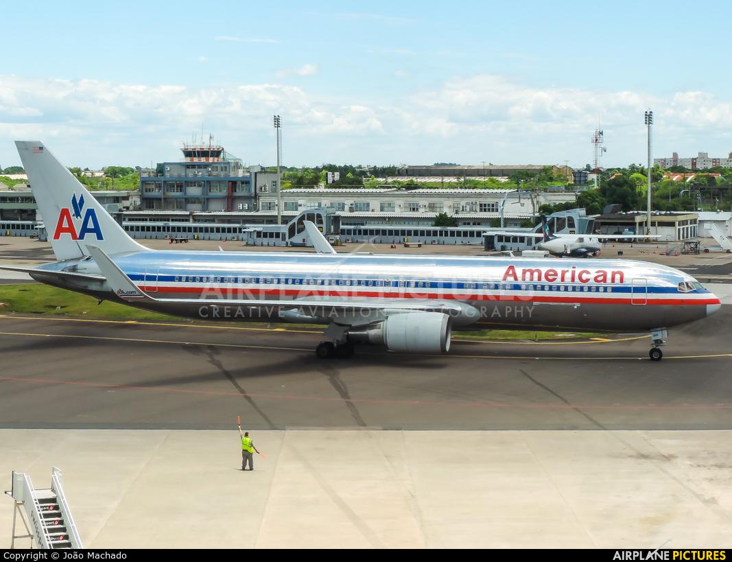 American Airlines N399AN aircraft at Porto Alegre - Salgado Filho