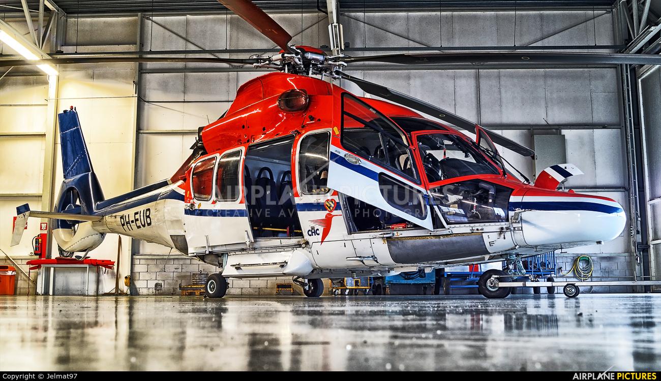 CHC Netherlands PH-EUB aircraft at Den Helder