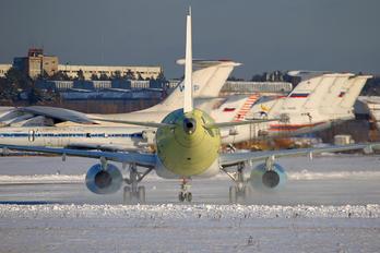 97013 - Interjet Sukhoi Superjet 100