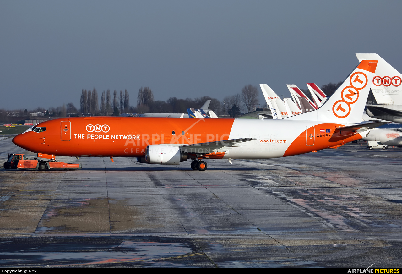 TNT OE-IAE aircraft at Liège-Bierset