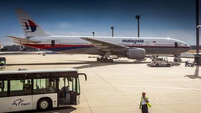 9M-MRG - Malaysia Airlines Boeing 777-200