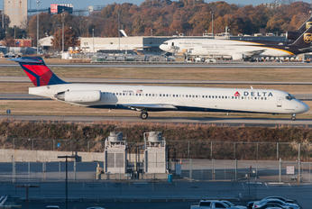 N935DL - Delta Air Lines McDonnell Douglas MD-88