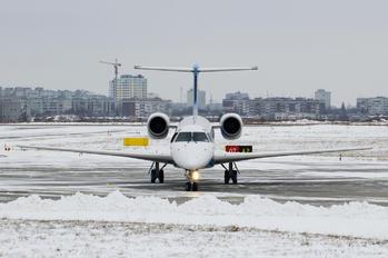 UR-DPB - Dniproavia Embraer ERJ-145