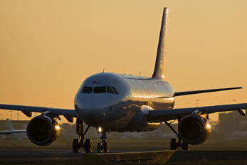 G-EZSM - easyJet Airbus A319
